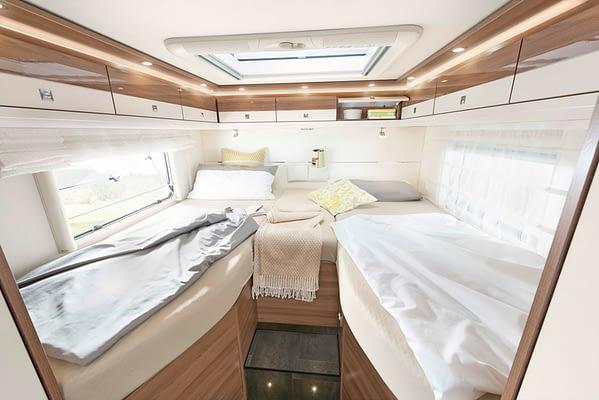 Dethleffs XLI7850EB Betten in Almeria Esche