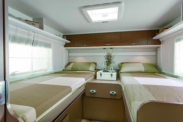 Etrusco T7400 SB Interieur Schlafbereich/ Schlafzimmer