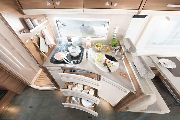 Dethleffs XXL A9000 Küchenumbau in Almeria Esche