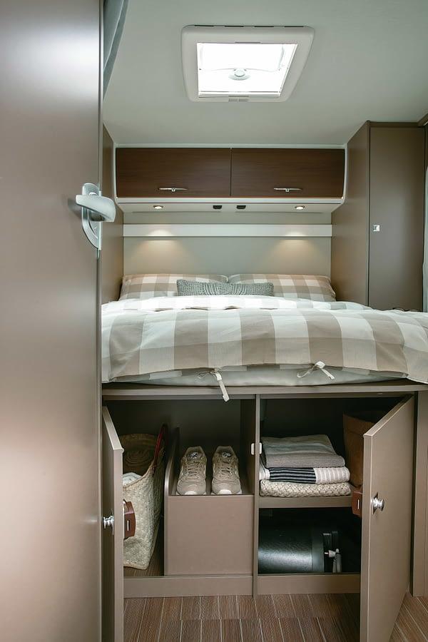 Etrusco T7400 QB Interieur Schlafzimmer Stauraum